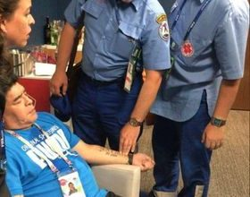 Photo of محامي مارادونا: سيغادر المستشفى اليوم
