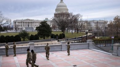 Photo of العنف يقتحم الكونغرس : طعن و رصاص و وتفجيرات وضرب بالعصا