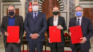 Photo of توقيع اتفاق تسوية الديون المتخلدة بذمة الجمعيات الرياضية